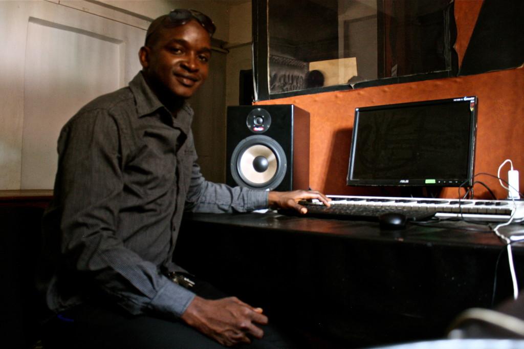 Aliou Sagna in KaniaZik FM radio station in Kindia, Guinea.